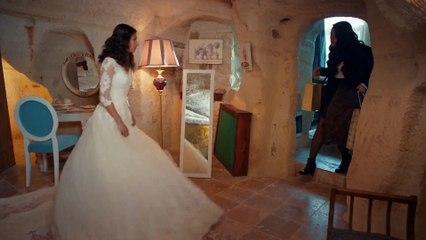Pembe'nin evlilik kararı! - Aşk ve Mavi 20.Bölüm