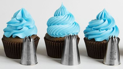 How to Frost Cupcakes 6 Ways