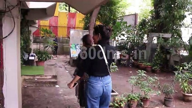 Bollywood Actress Neha Sharma with Her Mother Spotted At Kromakay Salon Juhu