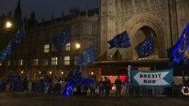 Tribunal escocês declara 'ilegal' suspensão do Parlamento