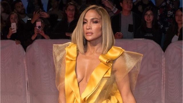 """Jennifer Lopez Says Oscar Buzz Surrounding 'Hustlers' Is """"Amazing"""""""