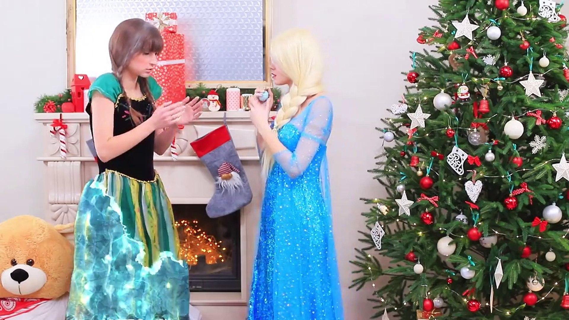 9 DIY Frozen Elsa Makeup vs Anna Makeup Ideas Makeup Challenge! (2)