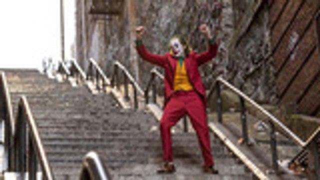 'Joker': Todd Phillips Talks Convincing Joaquin Phoenix to Get On Board | THR News