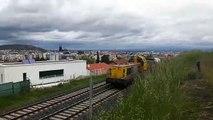 Ligne Clermont-Volvic : passage d'un train de désherbage