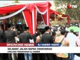 Detik-detik Upacara Pemakaman BJ Habibie di TMP Kalibata