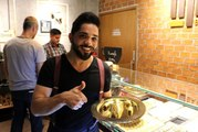 Endonezya'da bin dolara altın kaplamalı baklava satılıyor