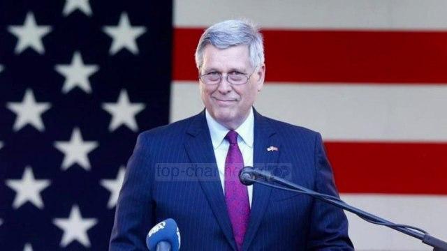 """""""Kandidatë që kanë kryer krime"""", ambasadori i SHBA kritikon partitë kosovare - Top Channel"""