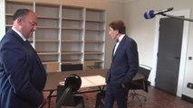 Passation entre Willy Borsus et Elio Di Rupo à la Ministre-Présidence