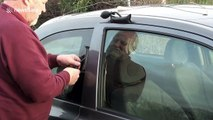 UK man skilfully uses air pumps and string to retrieve keys from locked car