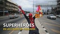 Superhéroes en las calles de Tailandia