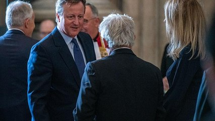 "'For the record', l'ira di Cameron contro Johnson ""il bugiardo"""