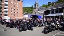 Environ 1.500 motards ont participé à la messe Harley Davidson de Dinant
