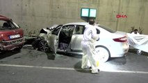 Pendik'te iki otomobil çarpıştı: 2 ölü, 1 yaralı