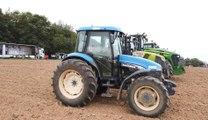 Crise agricole: plusieurs centaines de tracteurs à Ciney