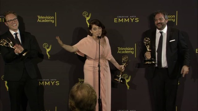 Rachel Bloom Announces Pregnancy Backstage at Emmys