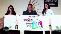 Salman Khan Shows RESPECT Towards His Fans, Madhuri Dixit Katrina Kaif React Too   IIFA 2019