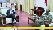 Jean-Yves Le Drian en visite au Soudan
