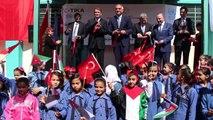 Kültür ve Turizm Bakanı Mehmet Nuri Ersoy, Ürdün'de (2) - Vahdet Filistin Mülteci Kampı ziyareti