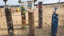 Belgio: gli studenti puliscono la spiaggia di Ostenda