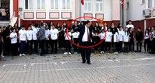 10 Kasım'da göbek atan müdür, eski okuluna geri döndü
