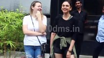 Watch Aditi Rao Hydari with her friend Spotted At Pali Hill Bandra HDD