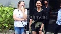 Watch Aditi Rao Hydari with her friend Spotted At Pali Hill Bandra HDD