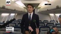 """Le premier ministre du Canada, Justin Trudeau, accusé de racisme après la publication d'une vielle photo où il a le visage grimé """"en noir"""" lors d'une soirée étudiante"""