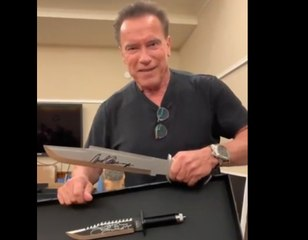 Arnold Schwarzenegger makes fun of Rambo Last Blood Knife - Sylvester Stallone