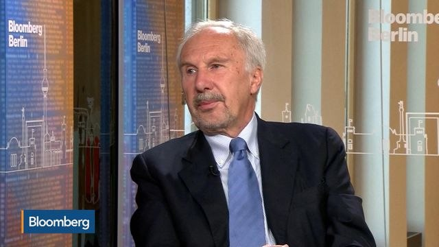 It's `Shocking' to See `Personal Insults' on Draghi, Nowotny Says