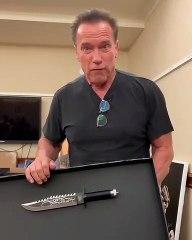 Arnold Schwarzenegger clash Sylvester Stallone et son couteau
