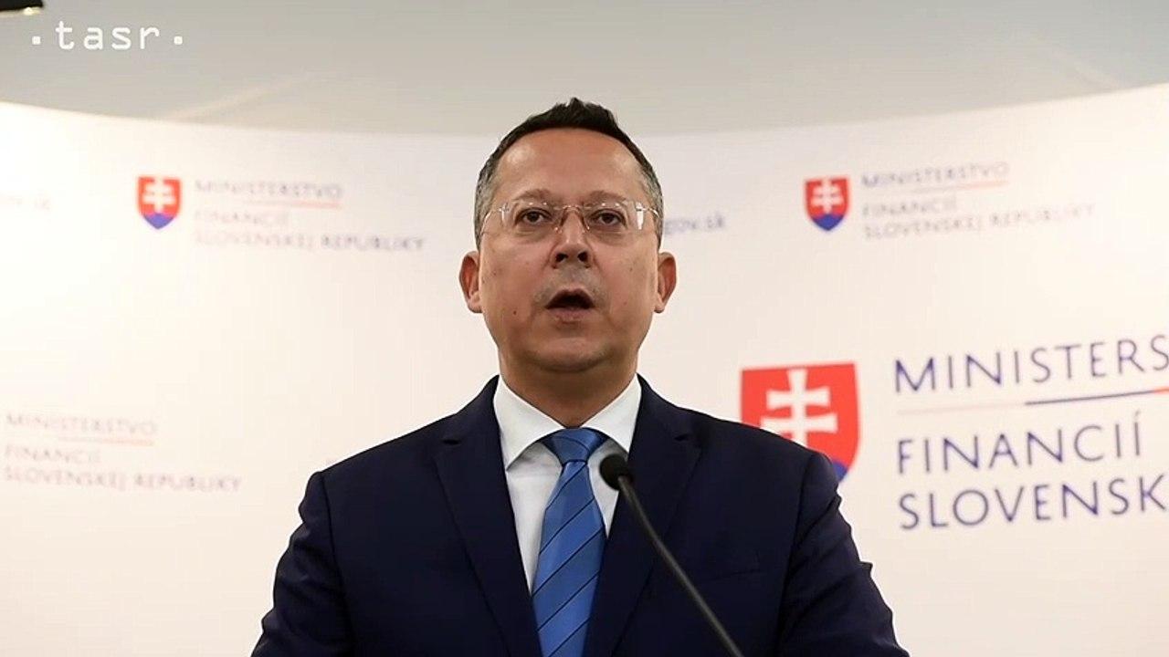 Minister financií L. Kamenický: Vyrovnaný rozpočet na tento rok nebude, cieľ nesplníme