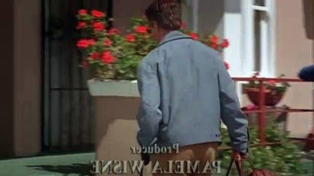 Ally McBeal Season 4 Episode 22 Home Again