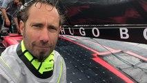 Alex Thomson et son nouvel Hugo Boss sur l'eau, ça décoiffe