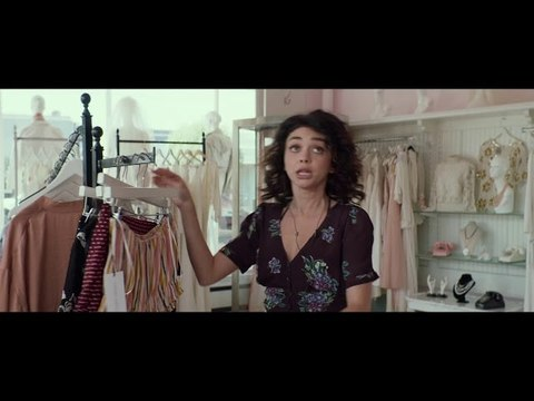 Watch Sarah Hyland and Jenna Dewan in an Exclusive Scene From Rom-Com The Wedding Year