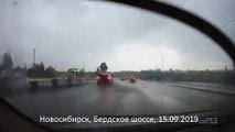 Молния ударила в автомобиль. Новосибирск, Бердское шоссе, 15.09.2019