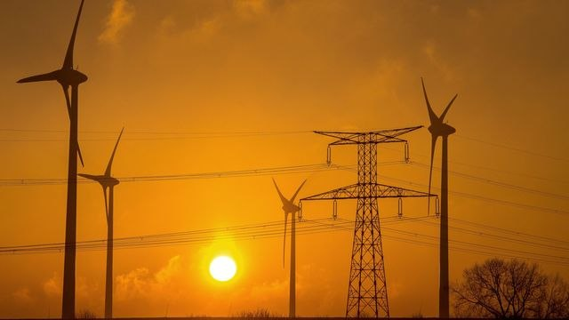 Germany Weighs Big Wind, Solar Increase
