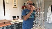 Insolite. Il construit une Tour Eiffel en verre