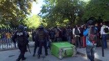 """السلطات الفرنسية في باريس تعتقل محتجين من حركة """"السترات الصفراء"""""""