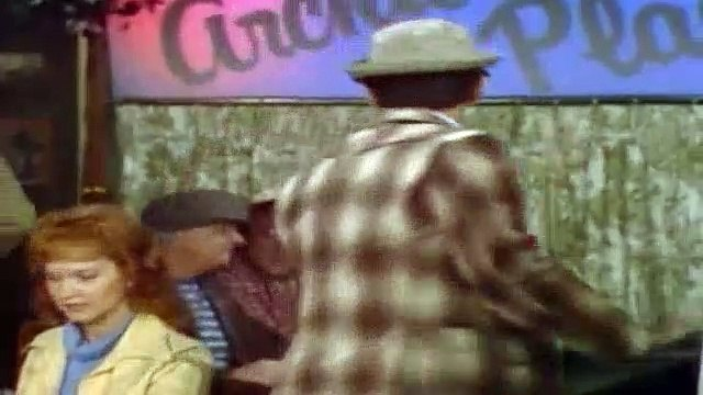All In The Family Season 8 Episode 10 Archie And The KKK (1)