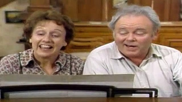 All In The Family Season 8 Episode 11 Archie And The KKK (2)