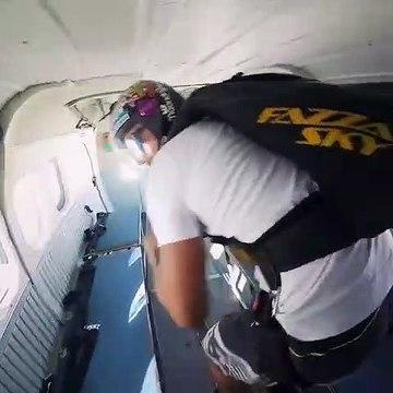 Sky Diving In Dubai