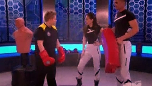 Lab Rats S04E11 - Lab Rats vs. Mighty Med (1)
