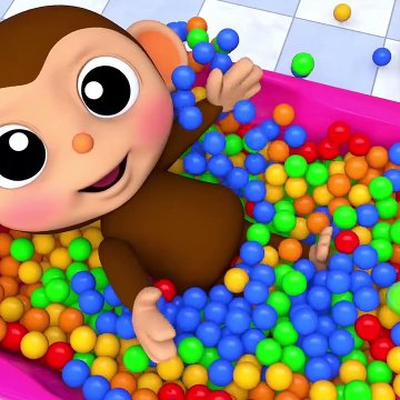 Baby Monkey Run on Magic Slide and Learn Colors Bath Time Bubble Gum Finger Song