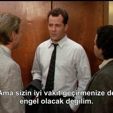Moonlighting (1985-1989) Maddie Hayes Got Married-Mavi Ay 4.Sezon 12.Bölüm Türkçe Altyazı