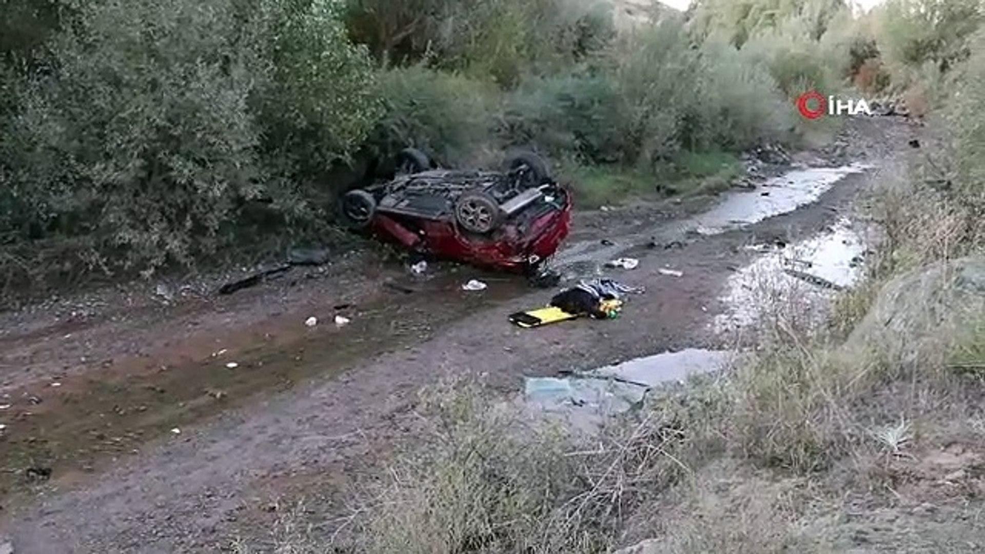 Sivas'ta trafik kazası; 2 ölü 6 ağır yaralı - Haber