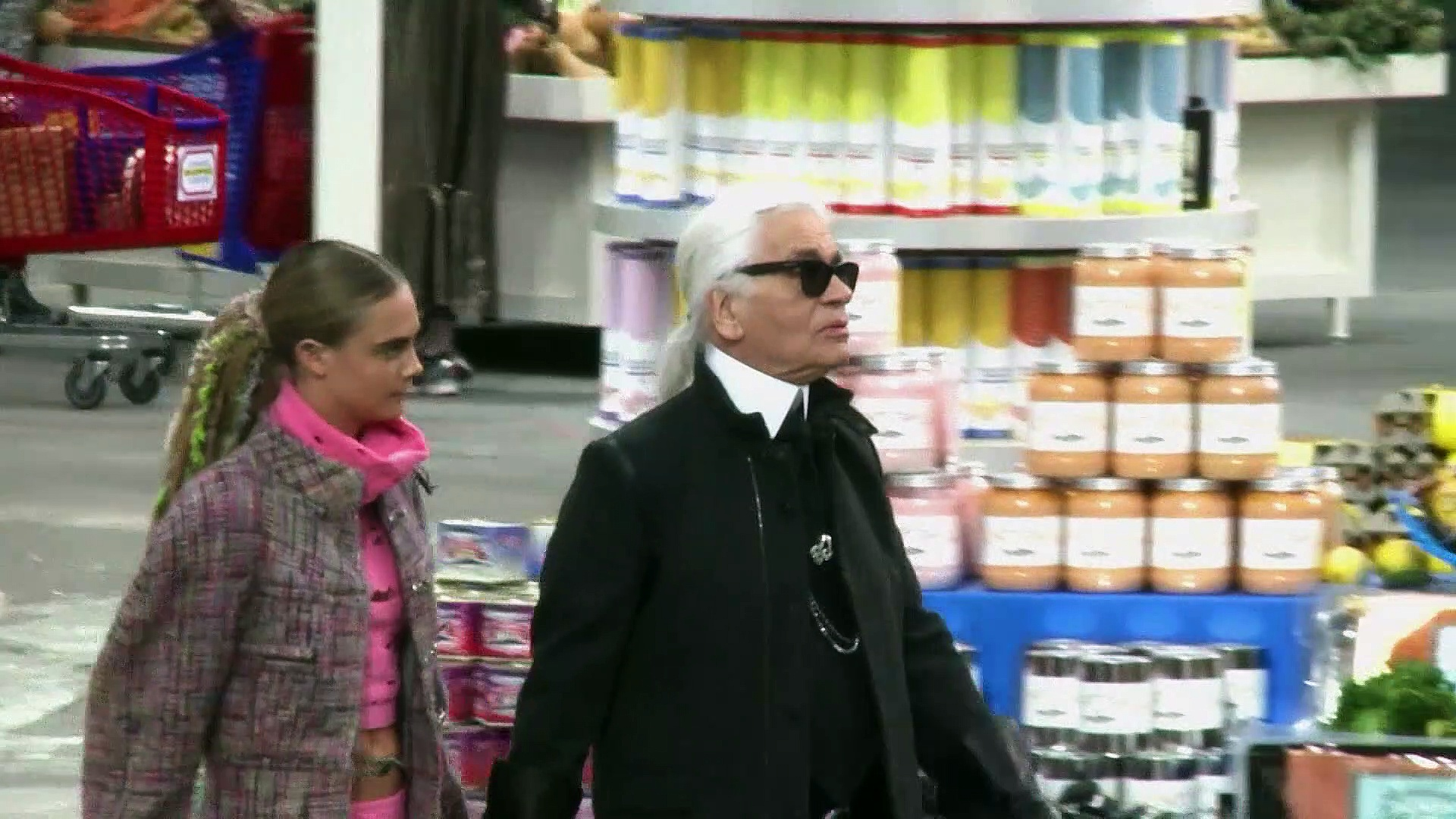 CELEBRITY OF THE WEEK - Karl Lagerfeld