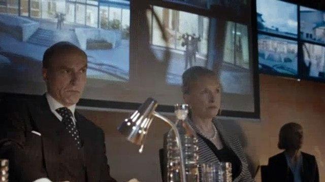 Sherlock Season 4 Episode 1 The Six Thatchers - Part 01