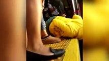 Baba, küçük kızı ile tren yoluna atladı: Kız, tren altından sağ kurtuld