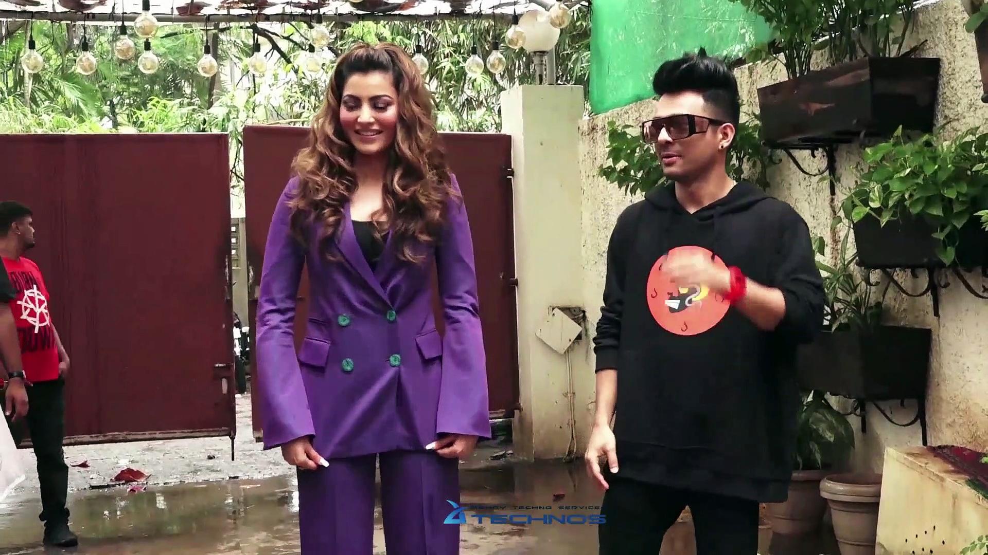 Urvashi Rautela Hot Dance On Bijli Ki Taar Tony Kakkar Song Launch