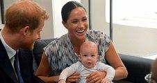 الطفل آرتشي في جولته  الرسميّة الأولى